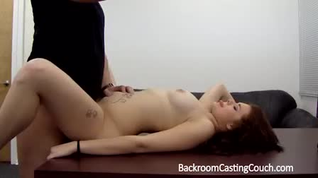 Cute Teen Orgasms With Toy On Webcam