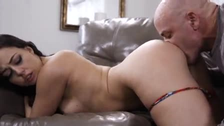Your sexy stepmom Ariella is a bit of a whore